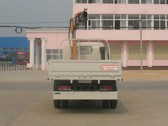 Грузовые автомобили с гидроманипулятором из Китая