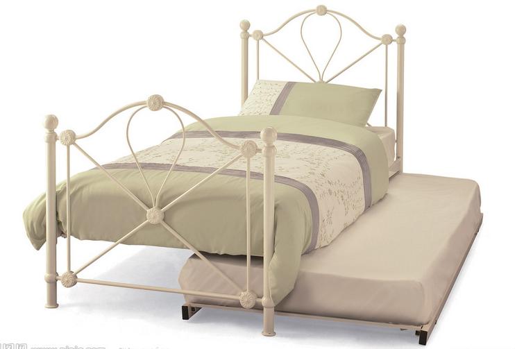 Мебель для спальни.773